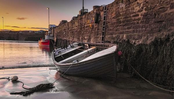 Low tide by EddyG
