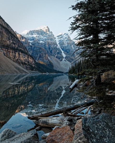 Moraine Lake by pdunstan_Greymoon