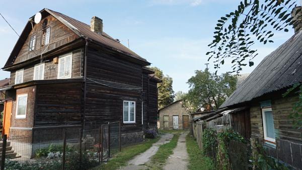 Wooden house III by SauliusR