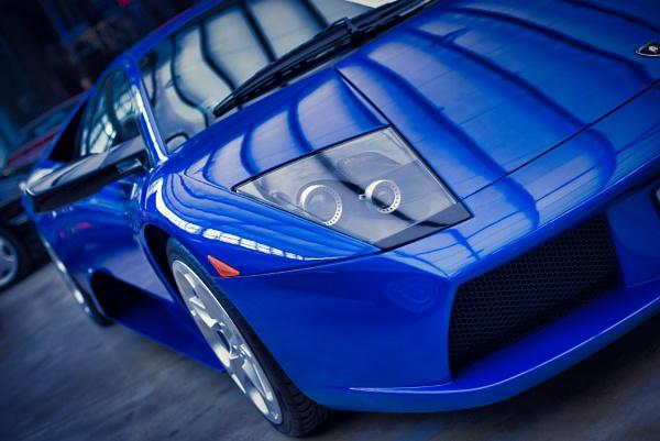 Blue Lambo by icipix