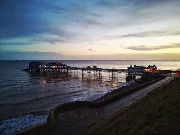 Cromer Pier by Peterdrainage
