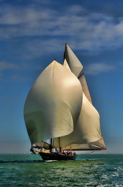Full Sail by sandwedge