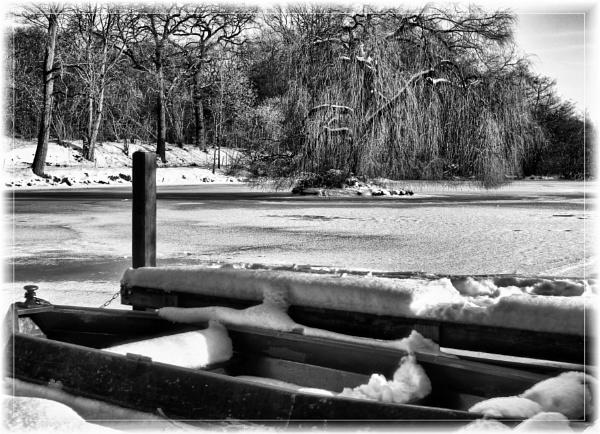 Row row row your boat by dukes_jewel