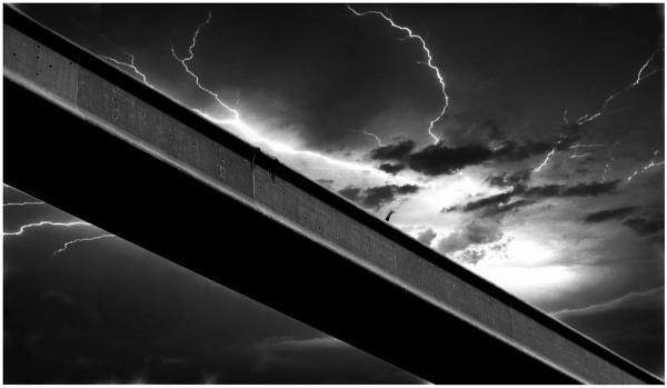 The Hand on Bridge J4 by ZenTony