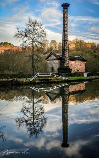 Leawood Pump House by Pygar