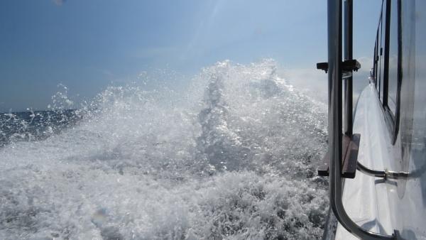 Bali Boat Trip by TheURL
