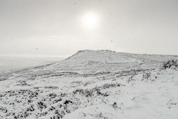 It\'s Snowing ! by Trevhas