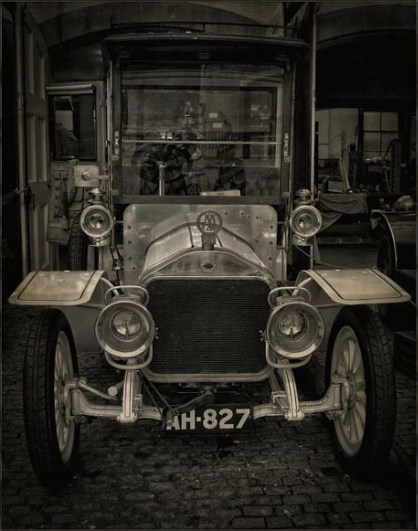 1926 Wolseley by PhilT2