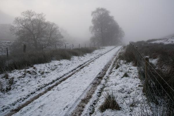 Musbury Valley by egroegk