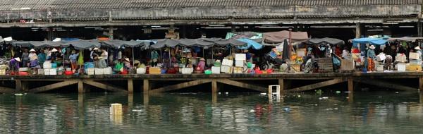 Hoi An market by Karuma1970