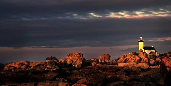 Lighthouse Sundown by Zydeco_Joe