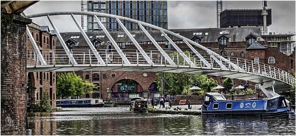 Castlefield\'s Footbridge by jcolind