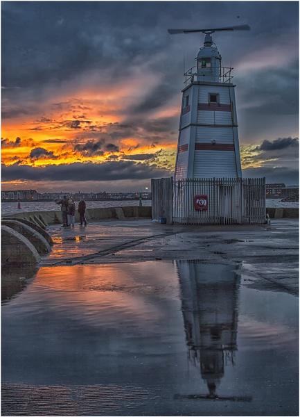 Pilot Pier by stevenb