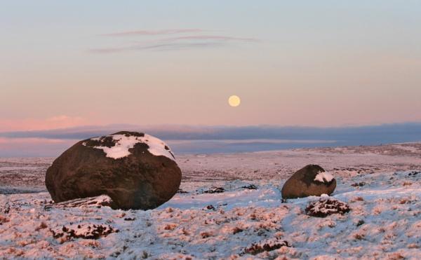 Moonrise at Sugar Loaf rocks by michaelfox