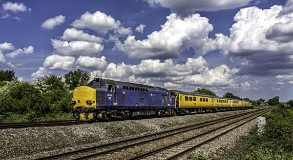 Test Train by Paulmayo21