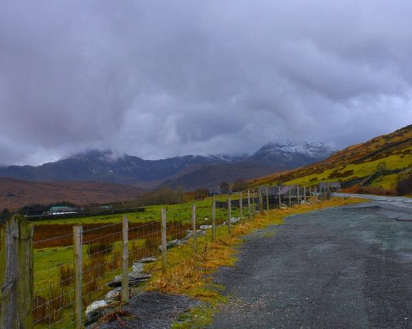 Snowdonia by ddolfelin