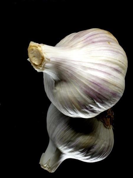 Garlic reflection by DerekHollis