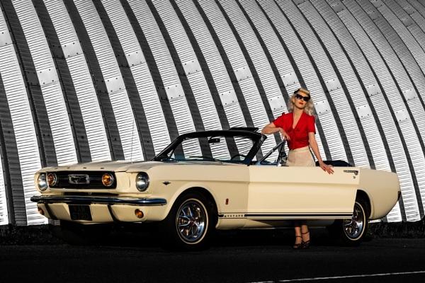 Retro Drive ! by TornadoTys