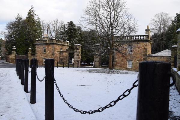 The Gatehouse by davyskid