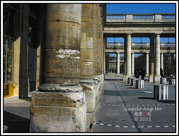 Colonnes variées by GwailoAngMo