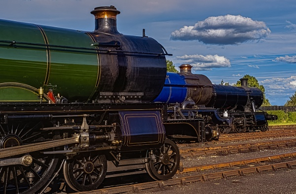 3 Steam Trains by ugly