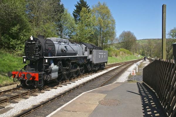5820 at Oakworth KWVR by harrywatson