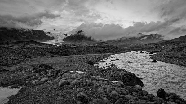 Hvannadalshnukur glacier, Iceland by pdunstan_Greymoon