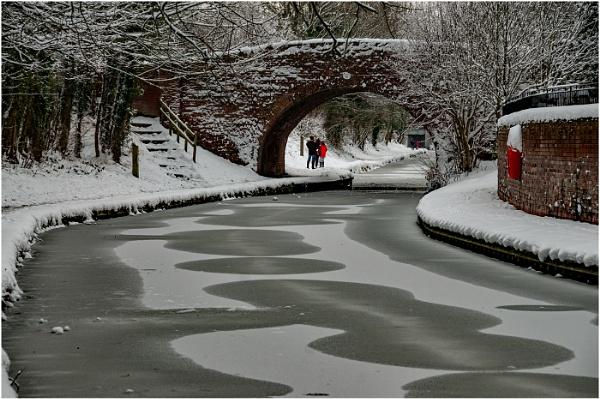 Frozen by dven