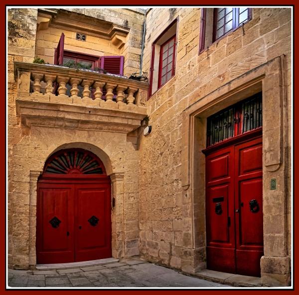 Mdina ---- tight corner Villa by Edcat55