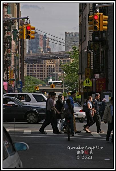 Brooklyn Bridge with Intersection by GwailoAngMo