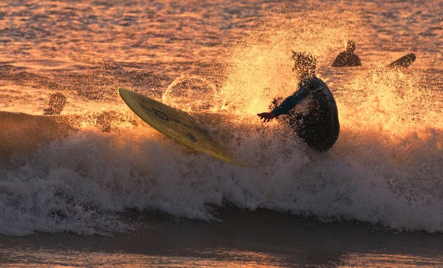 SUNSET SURF !