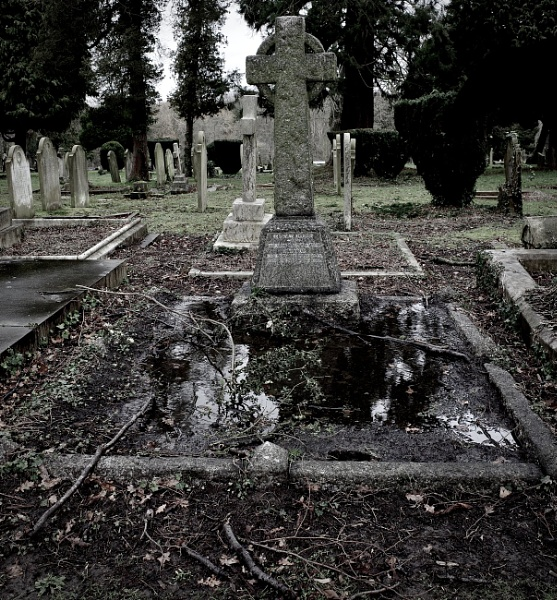 A Watery Grave by nclark