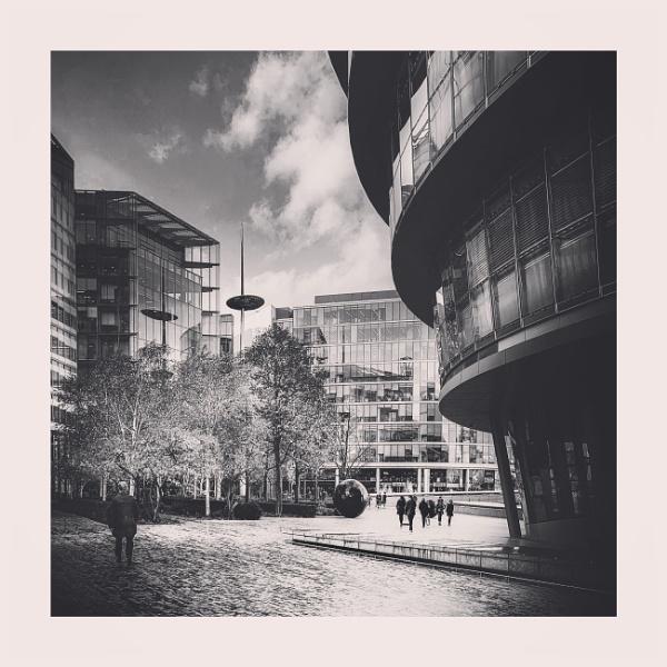 City Scene by jaymbee