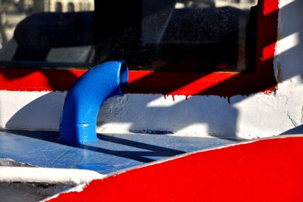 Boatabilia shadows... by Chinga