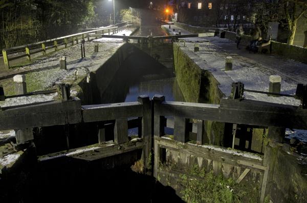 Black Pit Lock Gates at Night by iangilmour