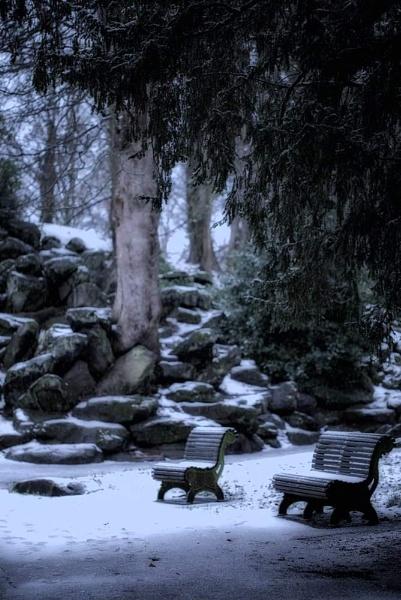 Snow, what snow by Merseylass