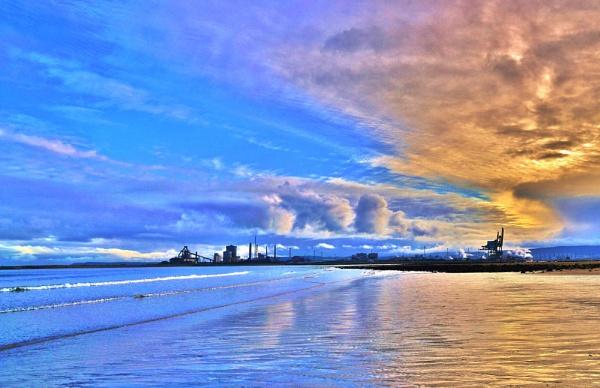 A beautiful sky on the Blue Lagoon Hartlepool. by georgiepoolie