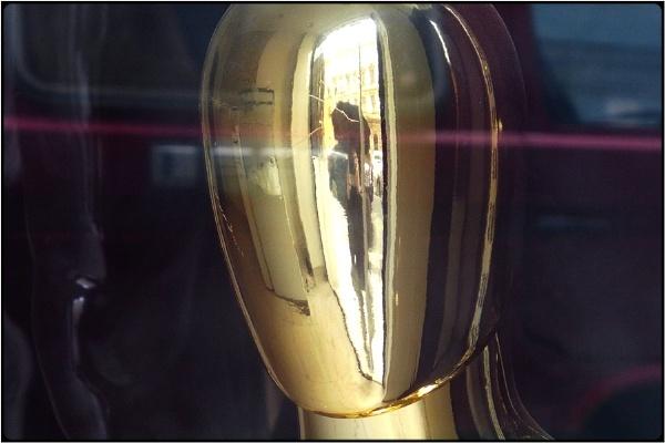 golden head by FabioKeiner