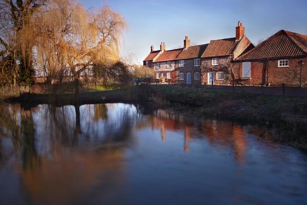 Mrs Creedy\'s Cottage by oldbloke
