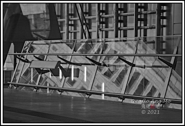 Heron Quays Reflections by GwailoAngMo