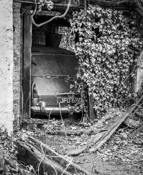 Forgotten Morris 1100 by mark2uk