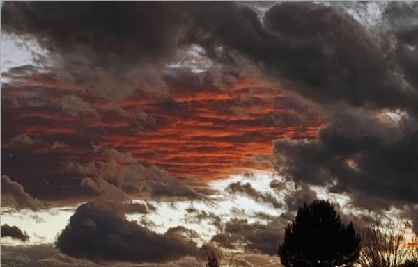 Fire in the Sky by billgoco