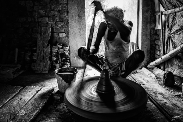 Turning the wheel... by clicknimagine