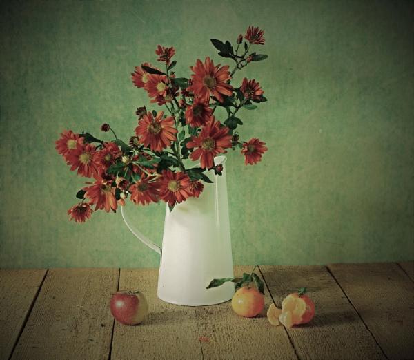 Still Life with White Vase by patri