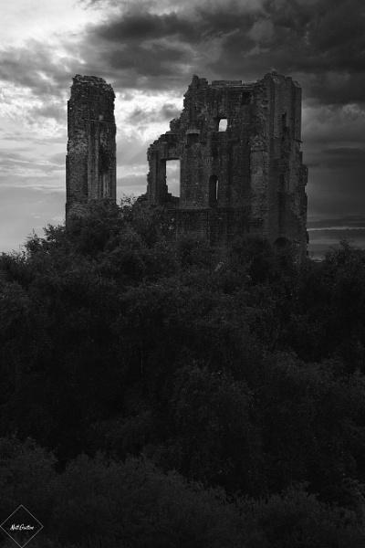 Corfe Castle by mohikan22