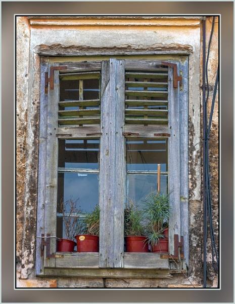 Window  storyteller by nklakor