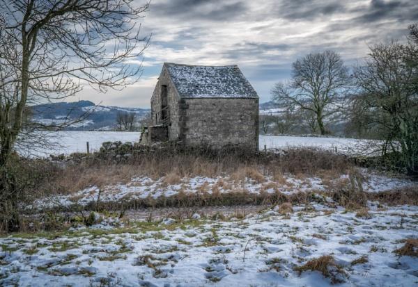 Bonsall Barn by Legend147