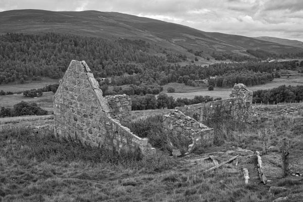 Abandoned croft, Scottish Highlands. by Adrian57