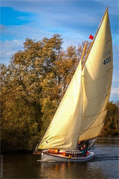 Norfolk Broads Yacht by blrphotos