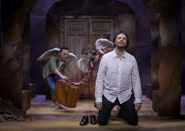 Daniel and angels by Uppercut